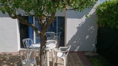 Location vacances maison / villa Royan 390€ - Photo 2
