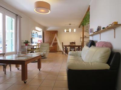 Villa La Salvetat Saint Gilles 140 m²