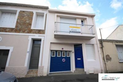 Maison 4 pièces - Cour/Garage - Les Sables