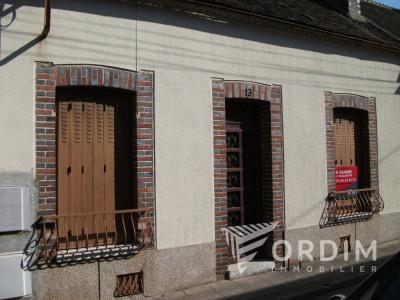 MAISON ANCIENNE VILLENEUVE SUR YONNE - 5 pièce(s) - 76.07 m2