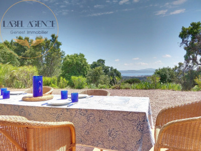 Villa Beautiful Sea View, near downtown Sainte-Maxime, 4 bed