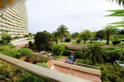 Apartment 2 rooms 50sq m to Villeneuve-Loubet
