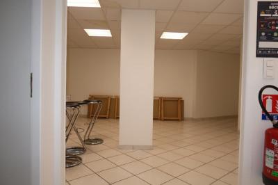 Local professionnel 90 m²