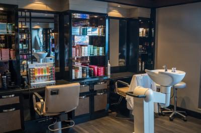 Fonds de commerce et murs commerciaux coiffure Chambéry