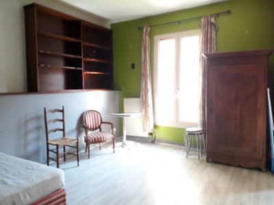 Limoges studio meublé de 32 m² en hyper centre ville