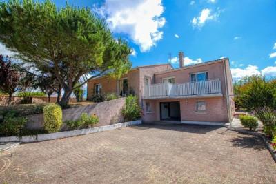 Maison breuillet - 6 pièce (s) - 200 m²