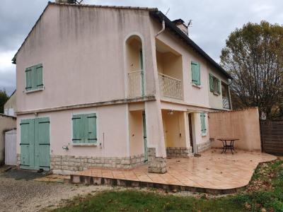 Maison très proche du centre Meyrargues 4 pièces 76 m²