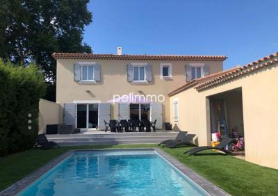Villa pelissanne - 7 pièce (s) - 234 m²