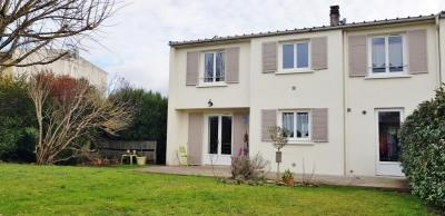 Maison aiffres - 6 pièce (s) - 106 m²