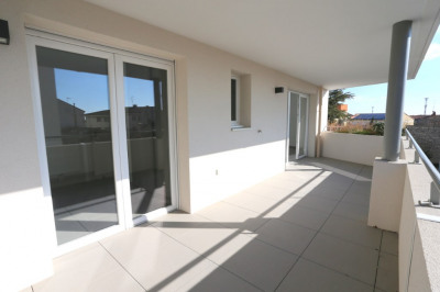 Nimes hoche-p3 neuf 73 m² - terrasse - parking sous-sol