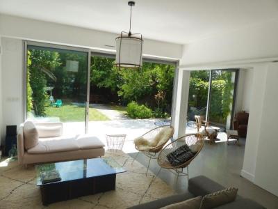 Maison 4 chambres + garage + jardin