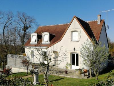 Maison Chateau Renault 6 pièce(s) 153 m2