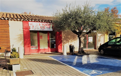 Commercial space for rent in Saint Remy De Provence (71 m2)