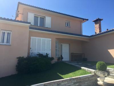 Maison Pontonx Sur L Adour 5 pièce (s) 217 m²