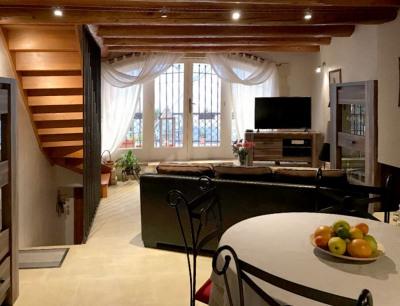 Maison Lambesc