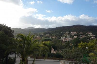 Maison à vendre avec vue collines et jardin