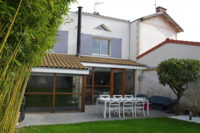 Maison La Rochelle 9 pièce (s) 260 m²