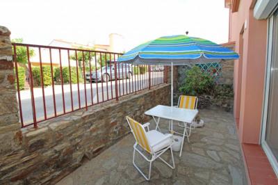 Appartement T2 en rez-de-chaussée, terrasse, parking et cave