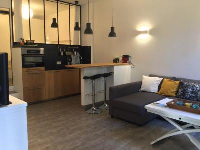 Appt Aix En Provence 2 pièce (s) 35 m² + terrasse de 30m²