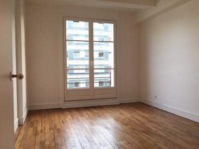 Appartement 3 pièces avec balcon en parfait état