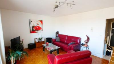 Appartement à l'entrée de Landouge
