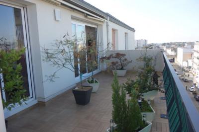 Appartement T4 dernier etage avec terrasse - la roche sur yon
