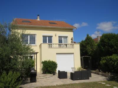 Maison Le Mesnil Le Roi 8 pièce (s) 175 m²
