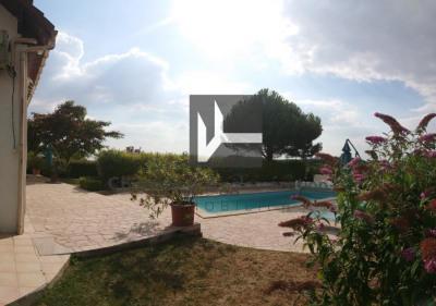 Villa janville - 7 pièce (s) - 247 m²