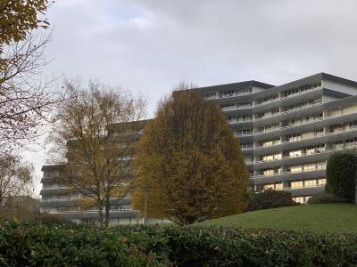 Rare Caen f 8 de 157 m² balcon
