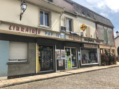 Local commercial 215m²