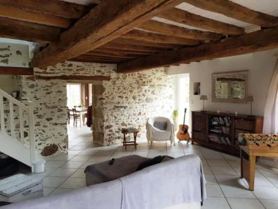 Maison Vieillevigne 4 pièces 110 m²