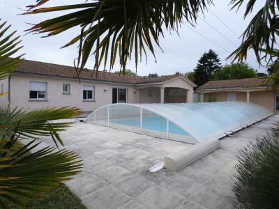 Belle villa 4 chambres avec piscine st georges de d