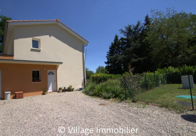 A LOUER - Maison type 4 - 104 m² - 1320.29 euros CC