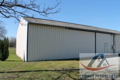 Hangar de stockage la chartre sur le loir - 1 pièce (s) - 150 m²