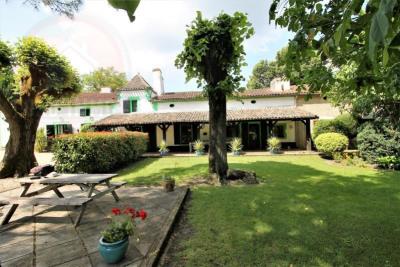 Maison de campagne le fleix - 24 pièce (s) - 783.82 m²