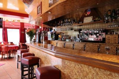 Hôtel restaurant VIROFLAY - 120 m²