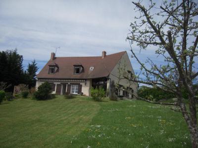 Belle maison traditionnelle - 2780 m² de terrain - belle vue