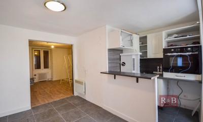 Appartement Les Clayes Sous Bois 1 pièce(s) 24 m2