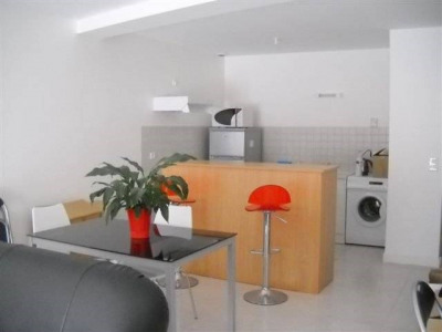 2 rooms Centre Ville de Cognac