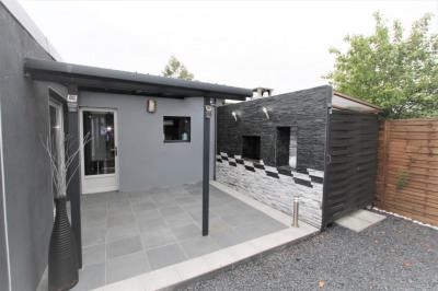 Chalet cubique rénové avec terrasse