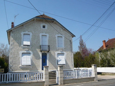 Maison Saint astier - 5 pièce (s) - 147.90 m²
