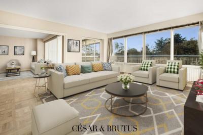 4 room apartment with loggia - 131 m2 - 69004 LYON
