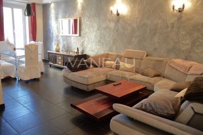 JUAN-LES-PINS Spacieux appartement de 86m² dans le centre-ville