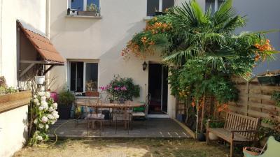 Maison romainville - 6 pièce (s) - 160 m²