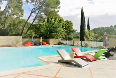 Superb 19th century country house in the Aix countryside