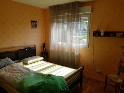 PONT-EVEQUE, Appartement (2001) T3,70 m² avec garage de 22 m²