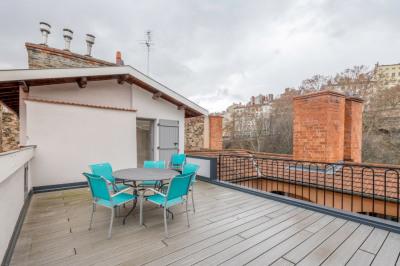 Duplex avec terrasse et vue