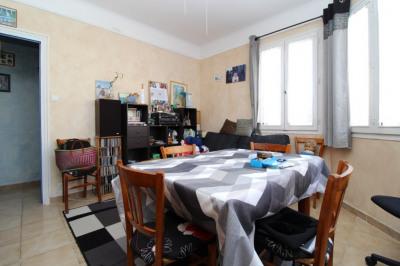 Appartement -T3-60m2-Proximité du port.