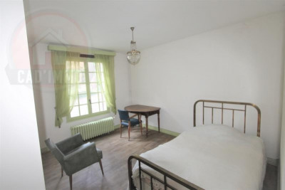 Property 8 rooms