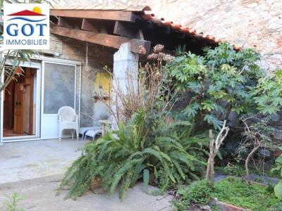 Maison village extérieur